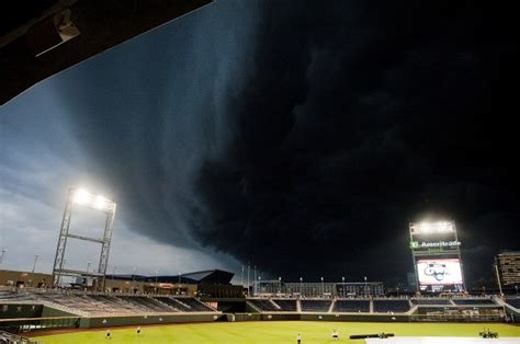 tornado lincoln ne tornadoes strike central nebraska strong hits
