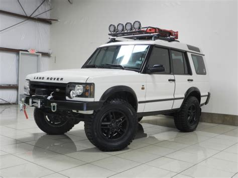 custom land rover discovery custom lifted land rover discovery 2 winch 3rd row seat