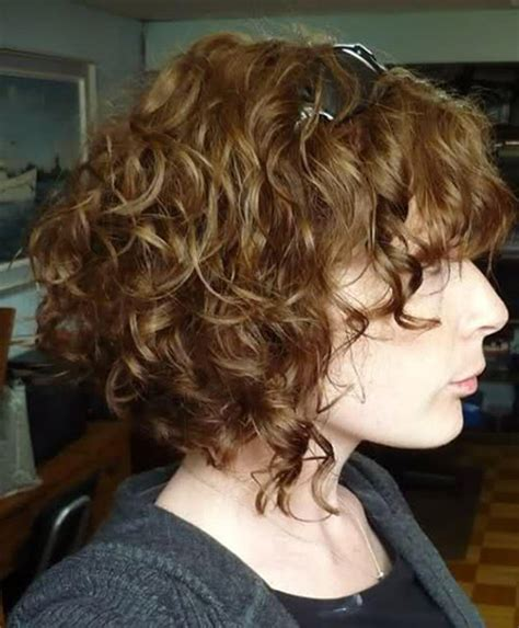 wavy graduated bob 15 best curly short haircuts short hairstyles 2017
