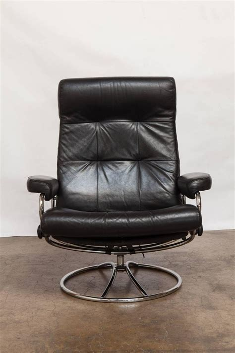 ekornes ottoman midcentury ekornes stressless reclining lounge chair and