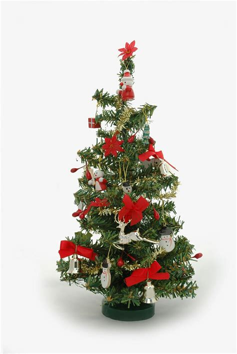 Christmas Tree Pictures by Miniature Christmas Trees Are Becoming Popular