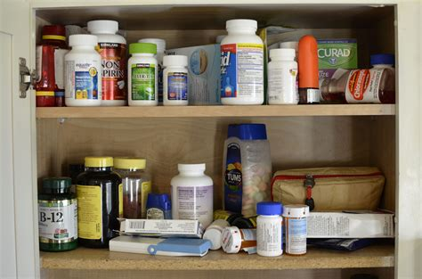 Medicine Cabinet Contents by Keeping Your Medicine Cabinet Simple Safe And Organized