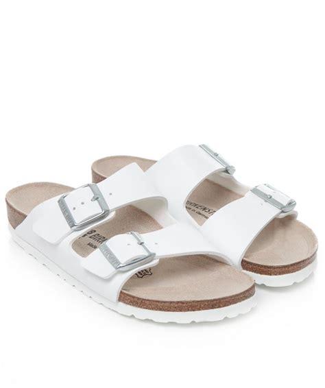 birkenstock white sandals birkenstock arizona sandals s in white lyst