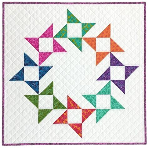 Friendship Wreath Mini Quilt for Your Wall or Table