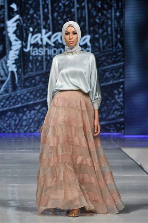 Busana Santri 20 foto busana muslim minang trilogy ria miranda foto 5