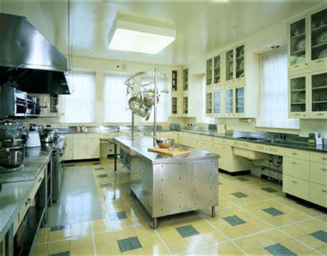 Hillwood Kitchens hillwood s fabulous mid century kitchen now open to the retro renovation