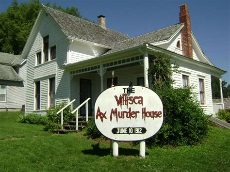 haunted houses in iowa my visit to the villisca iowa ax murder house house crazy