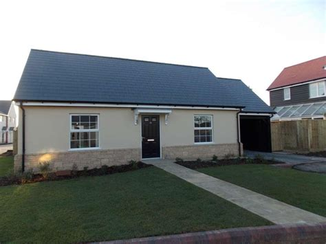 2 bedroom bungalow to rent 2 bedroom bungalow to rent in yew tree farm station road