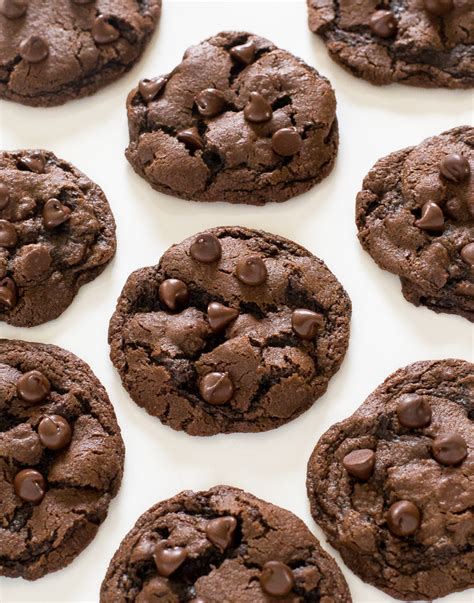 easy cookie recipes 103 best recipes for chocolate chip cookies cake mix creations bars and treats everyone will books easy chocolate chip cookies recipe dishmaps