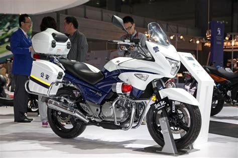 Suzuki Canada Careers Suzuki To Sell Half Faired Gw250