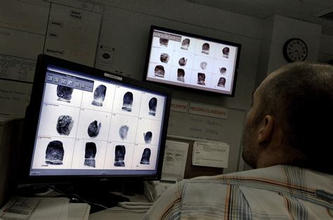 Background Check Database Tens Of Thousands With Outstanding Warrants Purged From