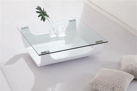 Table basse en verre blanche 23 idées pour le salon moderne