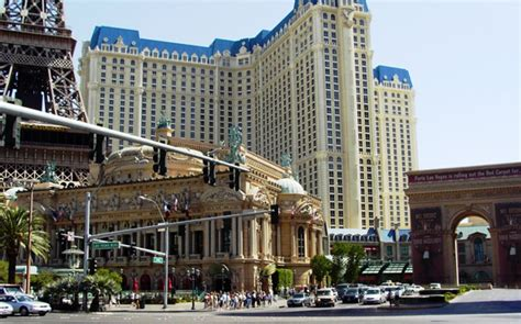 Best Hotel To Stay In Las Vegas Where To Stay In Las Vegas Or Downtown