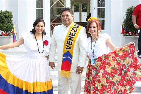 imagenes de traje tipico venezuela trajes tipicos venezolanos fotos prensa embajada