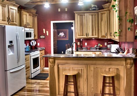 hickory kitchen cabinets pictures hickory kitchen cabinets crowdbuild for
