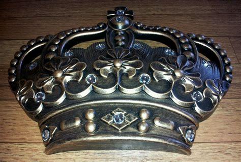 royal crown home decor royal crown home decor 28 images demilune gilt crown