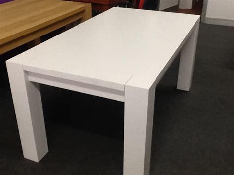 tavolo bianco tavolo in rovere laccato bianco tavoli a prezzi scontati