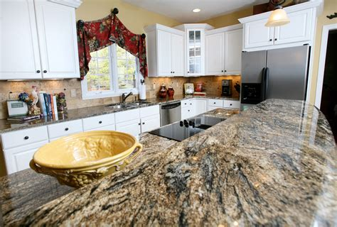 White Kitchen Cabinets With Granite Countertops Benefits | white kitchen cabinets with granite countertops benefits