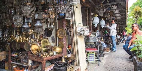 Barang Antik Di Jalan Surabaya Jakarta berburu barang antik di jakarta ini tempatnya backpacker jakarta