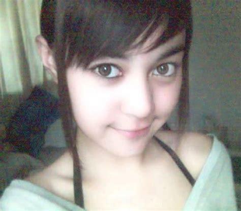 Setelan Anak Cewek Imut indonesia jilbab kecil free selfie selfie