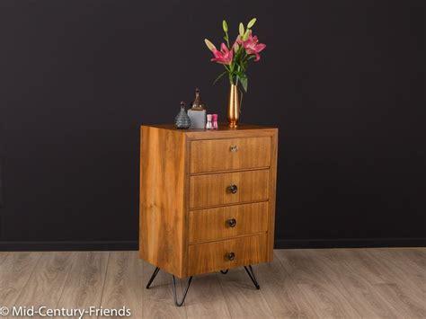 sideboard hinter sofa 1000 ideas about musterring on keramik