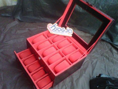 Box Jam Tangan Isi 20 black croco box jam tangan susun isi 20