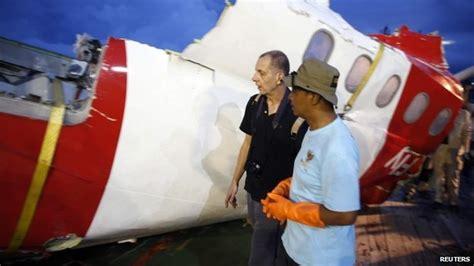 airasia update news airasia qz8501 black box flight recorders found bbc