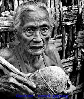 lihat film nenek gayung nenek gayung kisah mistis kota jakarta mizaneducation com