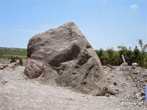 Batu Lava Merapi objek wisata gunung merapi jeep wisata merapi jwm