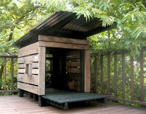 recycled dog house best 20 pallet dog house ideas on pinterest pallet playhouse pallet playground and
