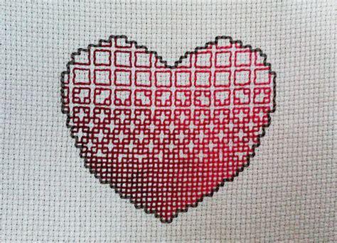 heart gradient pattern gradient pixel heart blackwork by snowymelon on deviantart