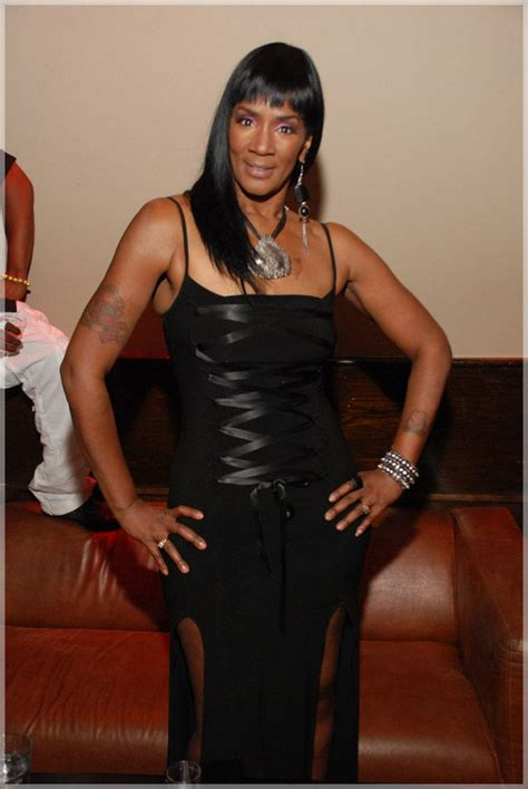 momma dee love and hip hop hairstyles momma dee aka momma dee deborah d gaither name 9 21 63