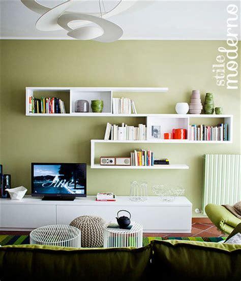 colori pareti soggiorni moderni mobili verde acqua colore pareti