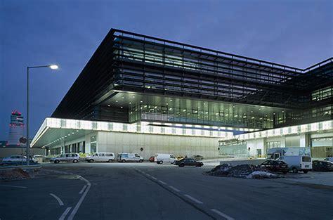 air cargo center und handling center west in wien a modulare tragstruktur aus stahlbeton