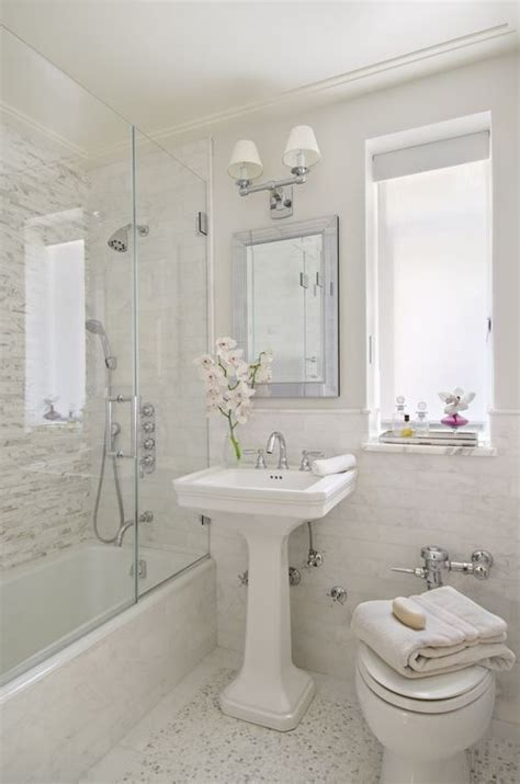 Pictures Of Beautiful Small Bathrooms | 20 sweet bathrooms with pedestal sinks messagenote