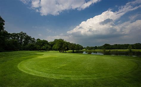 woodwork courses surrey guildford golf club surrey golf courses