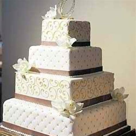 How To Quilt A Square Cake square quilted wedding cake photos quilt