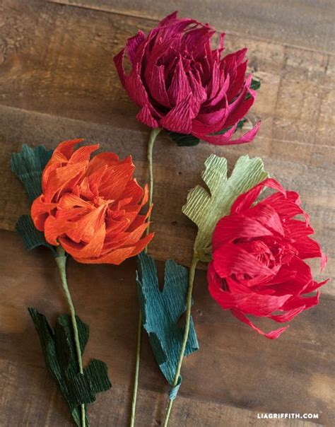 How To Make A Flower With Crepe Paper - crepe paper mums how to make paper flowers for fall