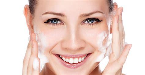 Detox Your Makeup by Se D 233 Maquiller Nettoyer Visage Un Geste Essentiel