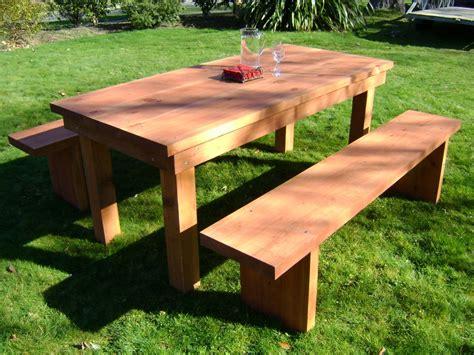 Outdoor Redwood Table ? Decor Trends : Vintage Redwood