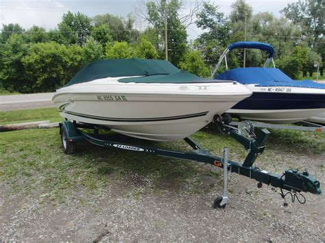 sea ray boats bow rider sea ray 185 bowrider 1999 for sale for 1 000 boats from