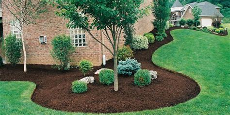 mulch beds mulch mulch and mulch more streamline landscaping