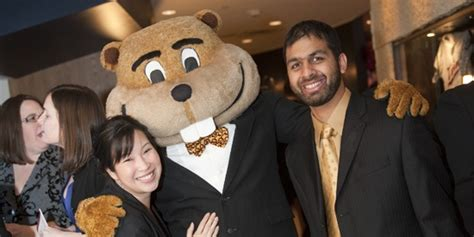 Umn Mba Gre by Of Minnesota S Carlson School Of Management