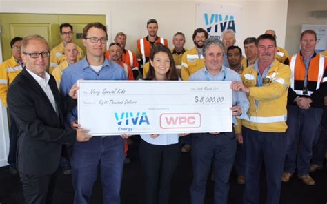 lade viva viva lade viva energy employees carry out 1 100