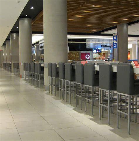 bench store toronto bench eaton centre 28 images boutiques eaton centre
