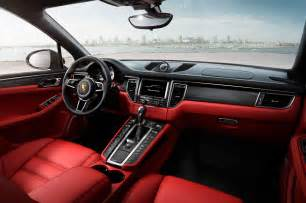 Porsche Macan Interior 2015 Porsche Macan Look Photo Gallery Motor Trend