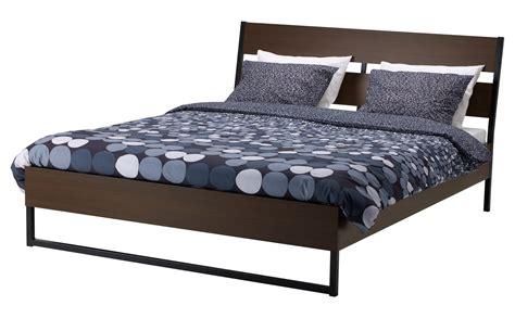 letto legno ikea letto con finitura legno o laccato cose di casa