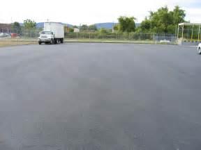 Asphalt base stone and asphalt paving at carter distributing in chattanooga