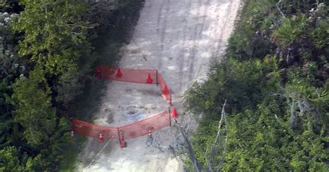 Tallahassee Sink Holes by 90 Foot Sinkhole Closes Florida Park