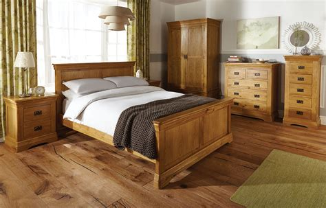 Oak Bedroom Dresser Oak Bedroom Furniture Discoverskylark